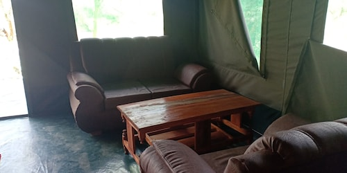 Mara Duma Luxury Camp, Narok North