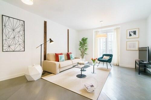Home Club Infantas II, Madrid