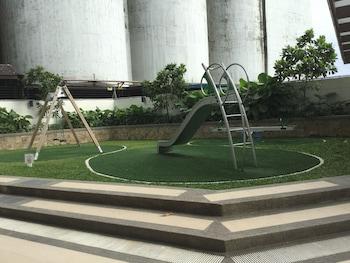2 BR CONDO AT SHERIDAN CONDOMINIUM Children's Play Area - Outdoor