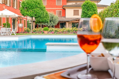 __{offers.Best_flights}__ Hotel Tre Torri