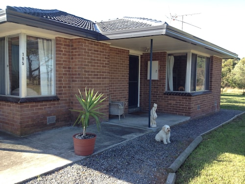 Yanakie Holiday House, South Gippsland - East