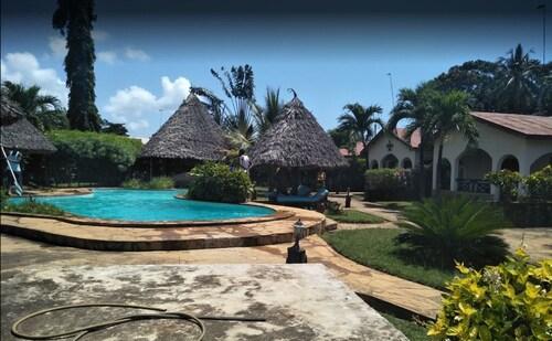 Inchi Raha Cottages, Msambweni