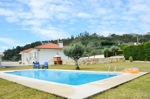 Villa With 3 Bedrooms in Marco de Canaveses, With Wonderful Mountain V, Marco de Canaveses