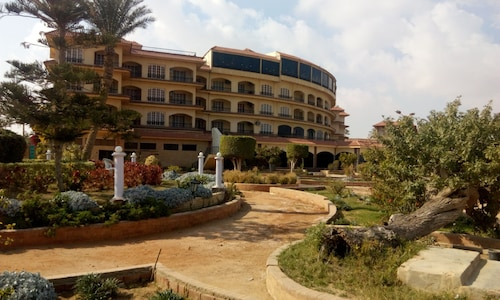Fayed Armed Forces Hotel, Fa'id