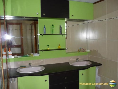 House With 3 Bedrooms in Basse Pointe, With Wonderful sea View, Furnis, Basse-Pointe
