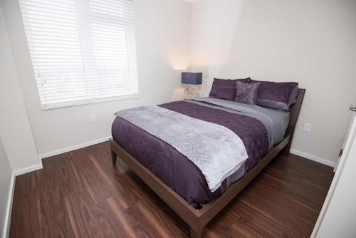 Nova Suites Inc, Halifax
