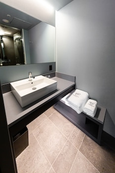 THE ROYAL PARK CANVAS - GINZA 8 Bathroom
