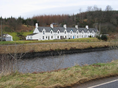 . Crinan Canal Cottage