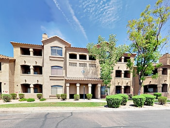 15095 N Thompson Peak Pkwy Condo #2053 2 Bedrooms 2 Bathrooms Condo