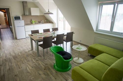 . Apartments Hradný Mur