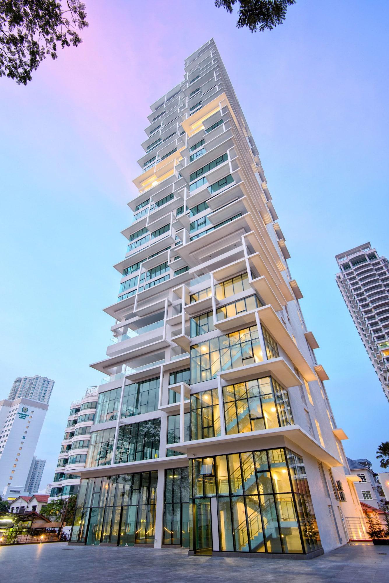 Casa Duplex @ Sunrise Gurney Seaview, Pulau Penang