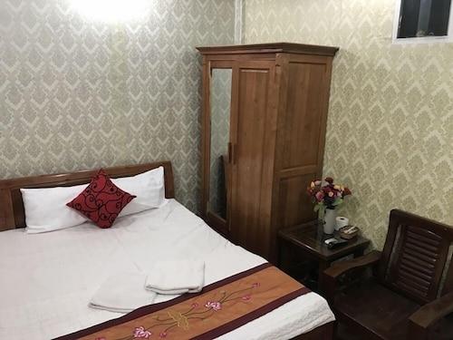 Winter Dream Hotel, Hoàn Kiếm