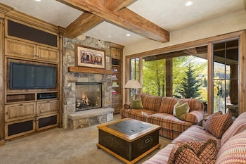 Snowmass Pine Crest 4 Bedrooms 4 Bathrooms Villa