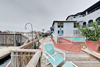 Fortuna Bay #4 - One Bedroom Condo