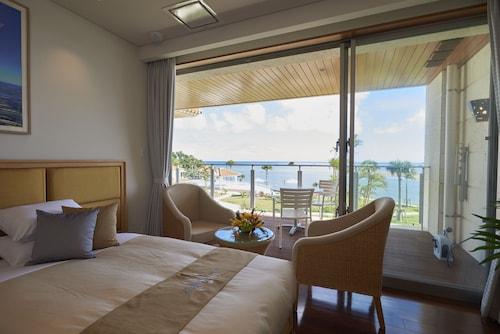 Ishigaki Resort Hotel, Ishigaki
