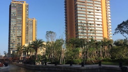 Wanke Shuangyuewan Seaview Apartment