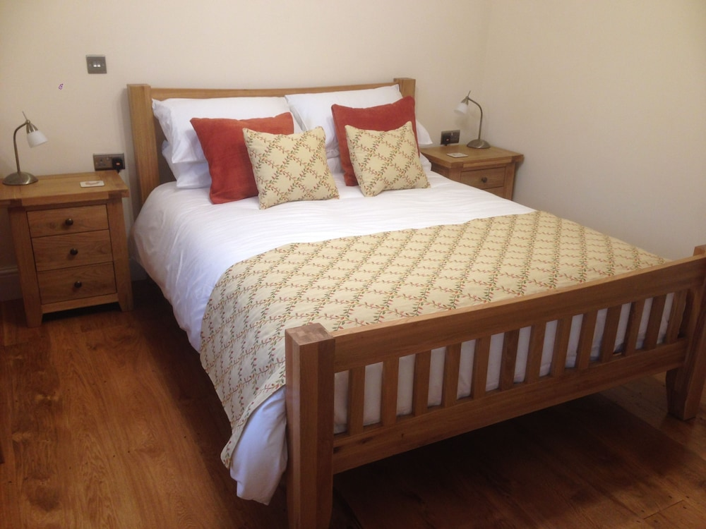 Pontyclerc Farm House Bed and Breakfast, Carmarthenshire