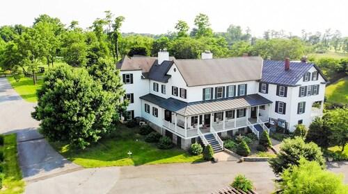 The Manor at Airmont, Loudoun