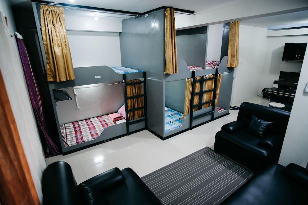 Sleepadz Naga - Capsule Beds Dormitel - Hostel