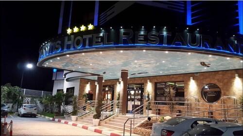 Hotel Atlantis, Akbou