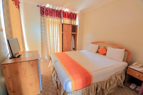 Palast Rock Hotel, Bugesera