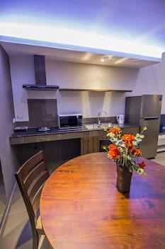 QUEST VILLA In-Room Kitchen