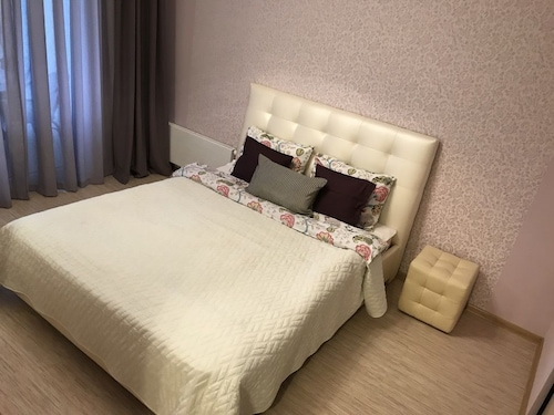 Fenix Deluxe Apartment on Parusnaya 21 - 503, Amstetten