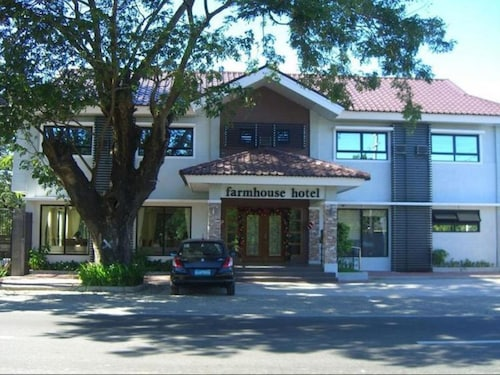 Farmhouse Hotel & Cafe, San Jose City