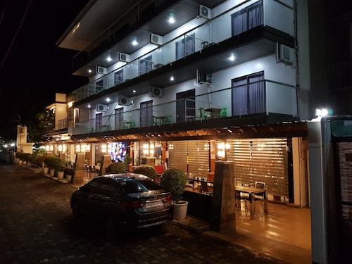 . The Premiere Business Hotel