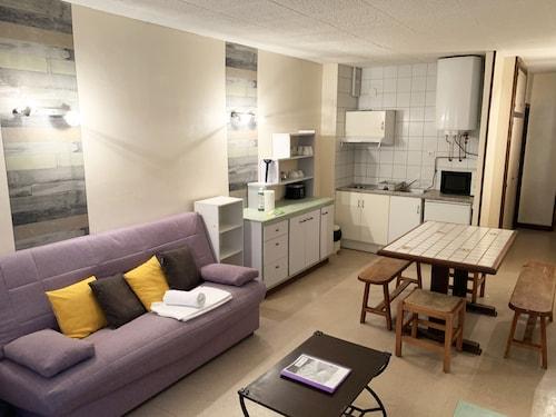 . Apartamentos Sky 3000