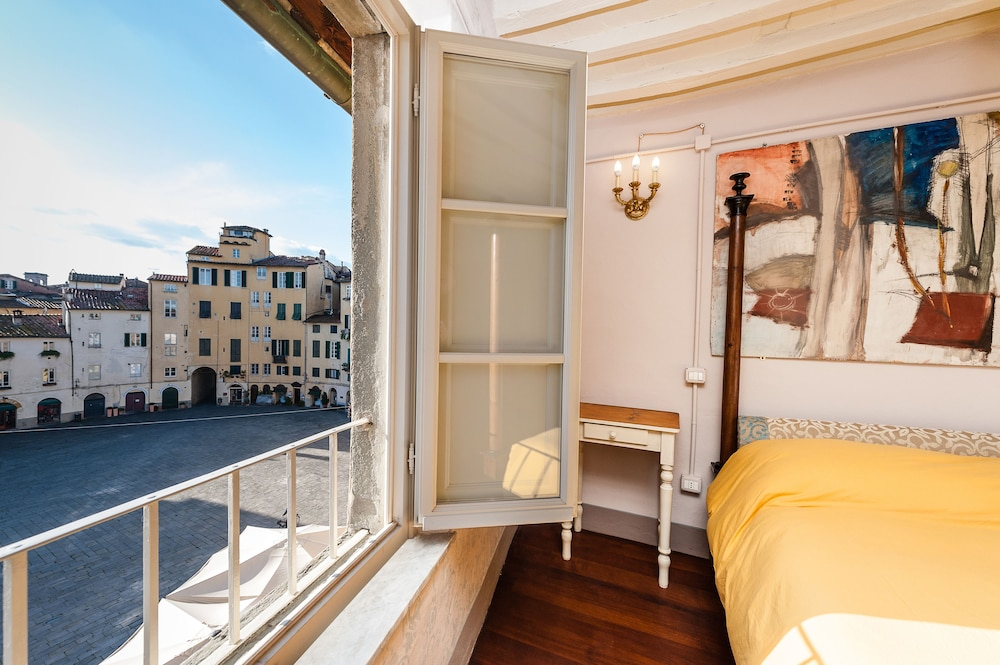 Vacation in Lucca Deluxe Apartments