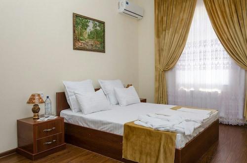 . Karakalpak Palace Hotel