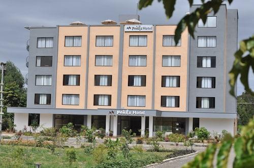 . Peaks Hotel Limited