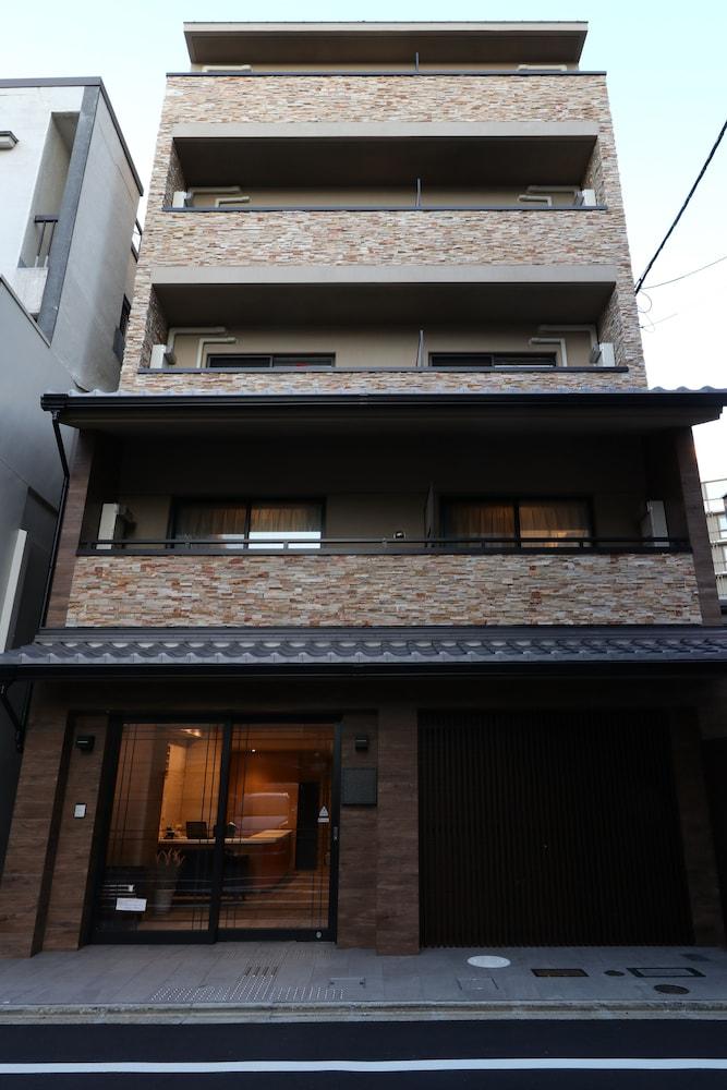 Teramachimatsubara Hotel Grande Reverie