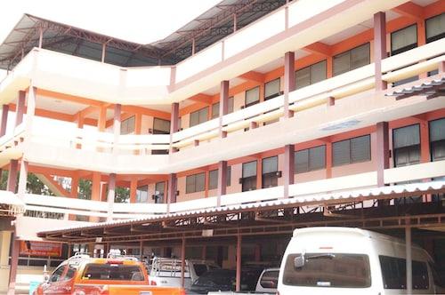 Sataya Apartment, Muang Maha Sarakam