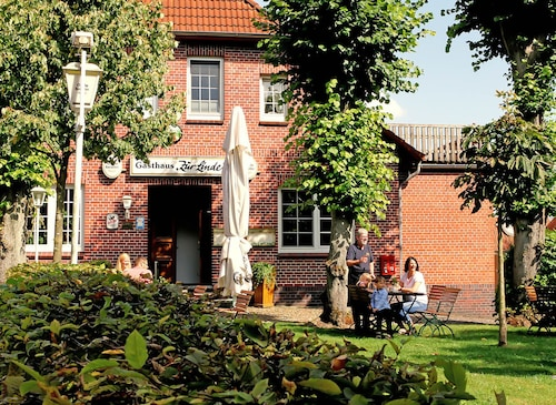__{offers.Best_flights}__ HOTEL-GASTHAUS ZUR LINDE