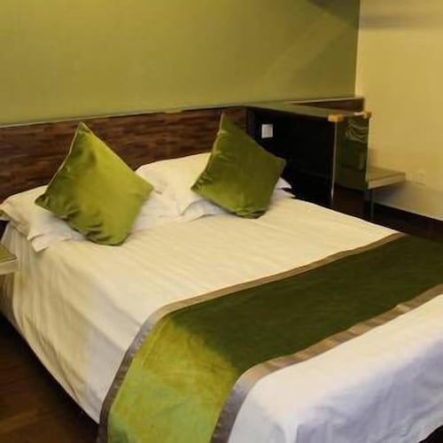 Four Seasons Amp; Rally Hotel, Huzhou