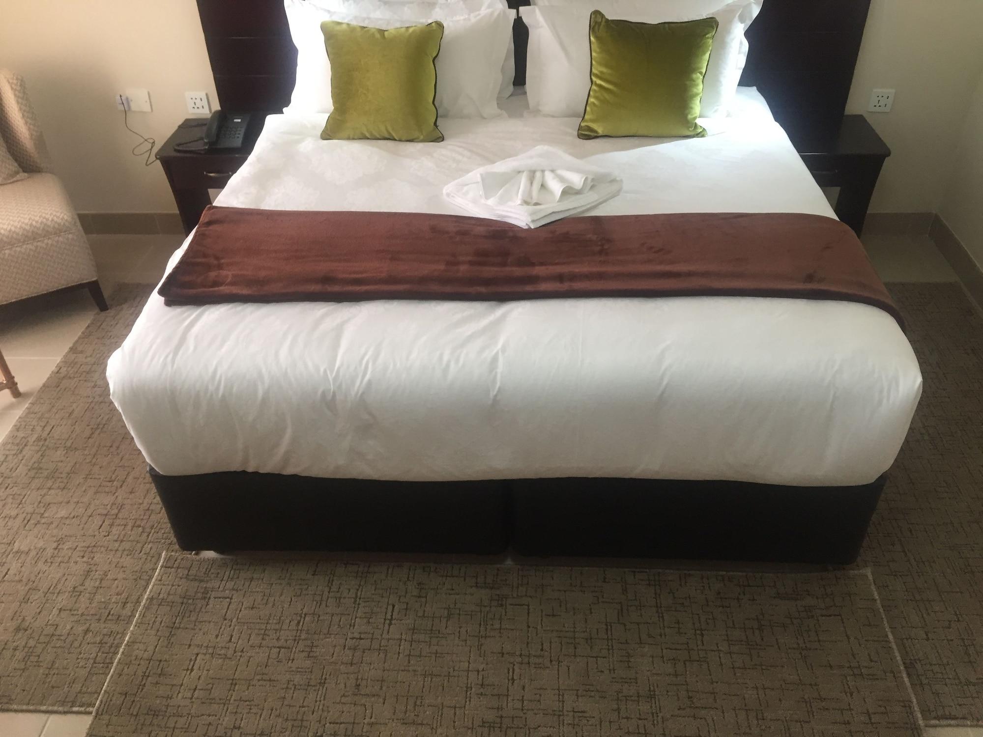 Cycad Palm Hotel, Serowe