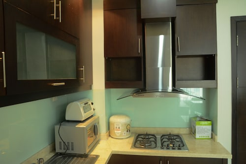 Gandaria Heights Apartment with Mall Access, Jakarta Selatan