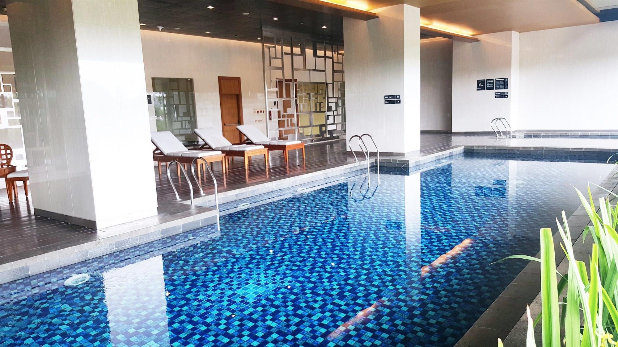 Studio Tropical Modern Living At Kemang Village, Jakarta Selatan