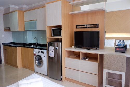 Premium Studio at Menteng Park Apartment, Jakarta Pusat