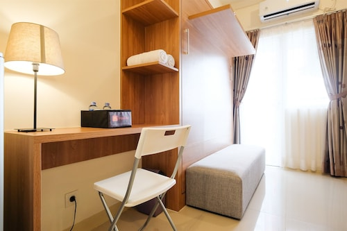 Modern Studio at Green Pramuka City Apartment near to Shopping Center, Jakarta Pusat