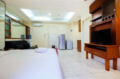 Simply Spacious Studio Room at City Home Apartment near Kelapa Gading, Jakarta Utara