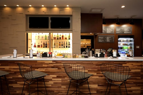 . Courtyard by Marriott Southington