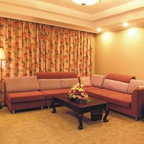 Chongqing Xiangshan Hotel, Chongqing