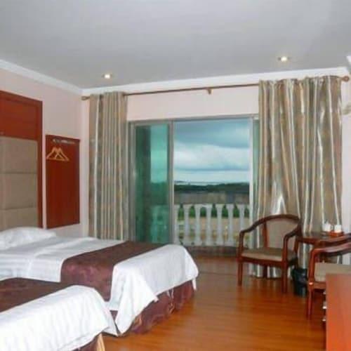 Honghaiwan Qintian Bandao Hotel, Shanwei