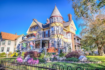 Hotel - The Wallingford Victorian Inn