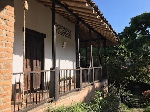 Viga Vieja el Balcon By Nomad Guru, Manizales