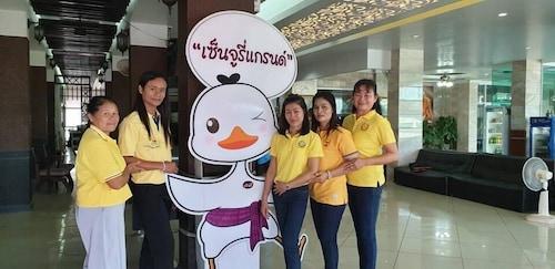 Century Grand Hotel, Bung Kan