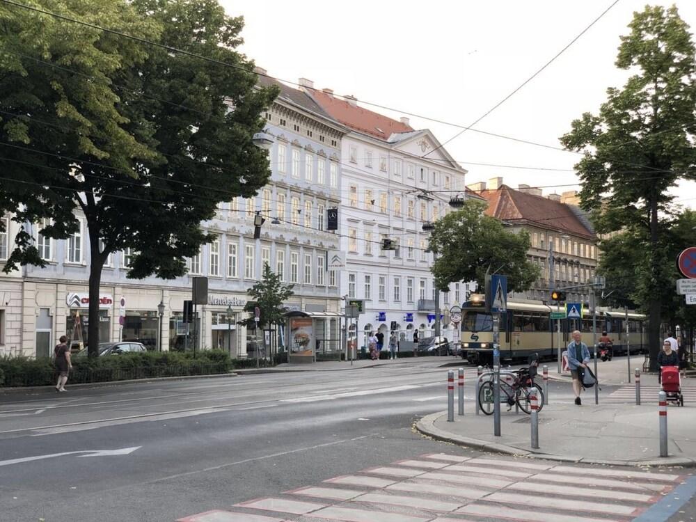 Schaumburger Suite zu Karlsplatz